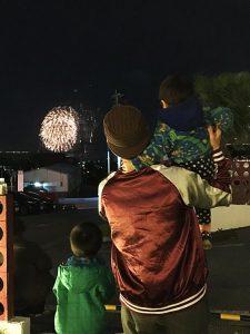 HAPPY NEW YEAR 花火の写真