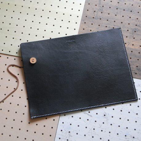 ファイルケース商品画像001:表面の画像です。