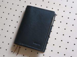ほぼ日手帳カバー(A6文庫)商品画像001:表側の画像です。