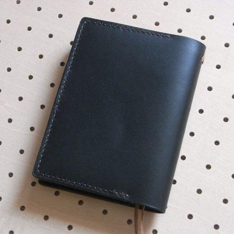 ほぼ日手帳カバー(A6文庫)商品画像002:裏側の画像です。