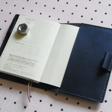 ほぼ日手帳カバー(A6文庫)商品画像005:開いて右サイドの画像です。