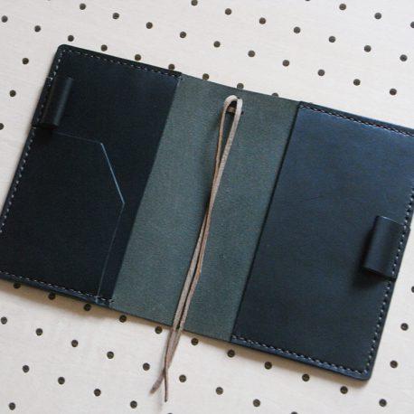 ほぼ日手帳カバー(A6文庫)商品画像007:展開して内側の画像です。