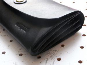 蛇腹ロングウォレットlw001商品画像005:サイドの蛇腹部分のアップ画像です。