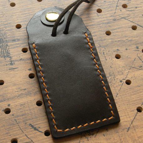 お守りケースミニ商品画像004:ボタンを外したときの裏側の画像です。