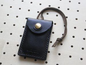 お守りケース商品画像001:表側の画像です。