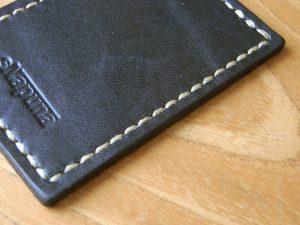 ビニモ0番糸を5mmピッチで縫ったステッチの画像。①