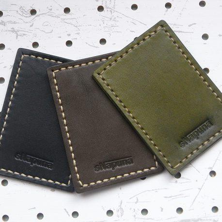 革色のサンプル画像:右から「モスグリーン」「ダークブラウン」「ブラック」となります。