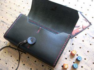 デッキケース(トレカケース)商品画像005:展開した画像です。