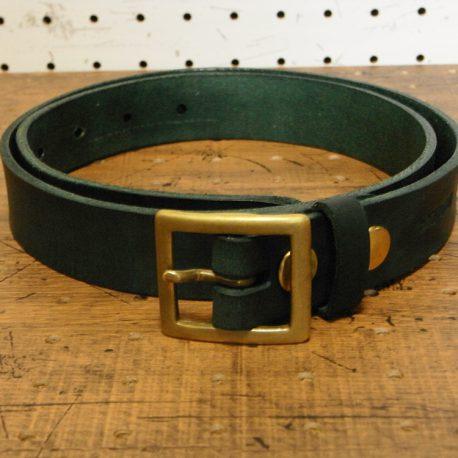 ベルト(30mm・真鍮バックル)商品画像011:緑の革の商品画像です②