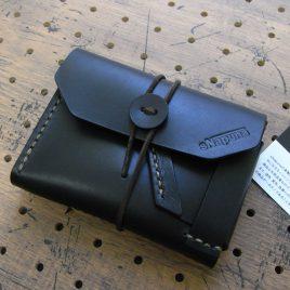 イノウォレット商品画像000:商品名:イノセンスウォレット/仕様:カード入れ×1・小銭入れ×1・札入れ(二つ折りで収納)×1