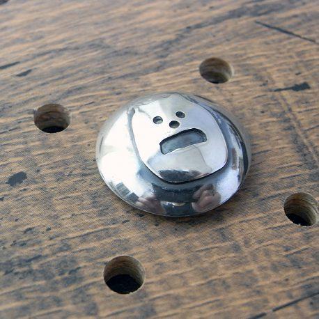 シーサープレーンコンチョ商品画像001:正面左の画像です。