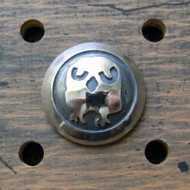 フクロウコンチョ商品画像000:正面から見た画像です。