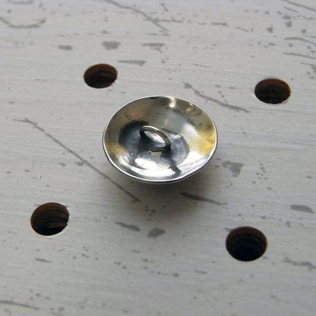 シーサーミニコンチョ商品画像002:裏面の画像です。