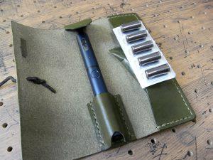 プルームテックプラスケース商品画像007:カプセル収納はゆとりがあるので、予備のリキッドも収納できます。