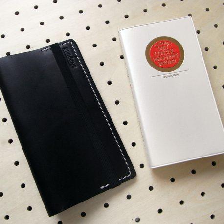 デイリーコンサイス英和(和英)辞典カバー(ハンディータイプ)商品画像002:辞書本体のサイズはH158mm×W82mm×D20mmです。