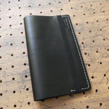 デイリーコンサイス英和・和英辞典カバー(ハンディータイプ)商品画像002:表側の画像です。