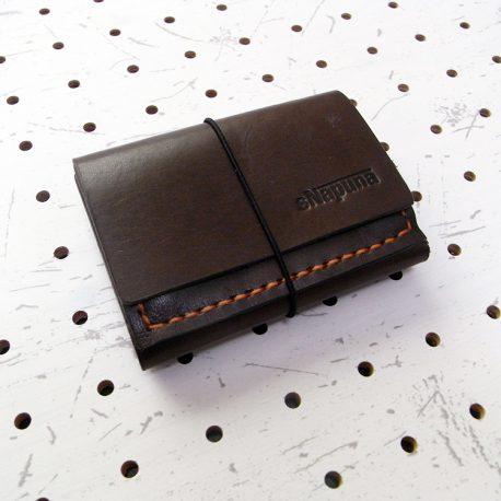 ミニマムウォレット003(ゴム紐)商品画像004:表面の画像です。