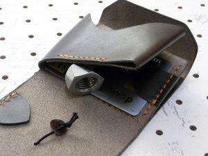 ミニマムウォレット003(ゴム紐)商品画像009:カード収納の裏には更にカード収納を設けました。