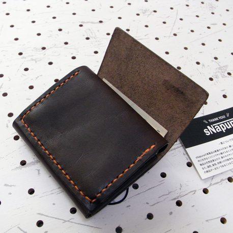 ミニマムウォレット003(ゴム紐)商品画像012:くるっと畳むだけ、ラフな感じです。