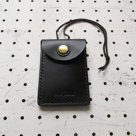 お守りケース(Lサイズ)商品画像007:表面の写真です