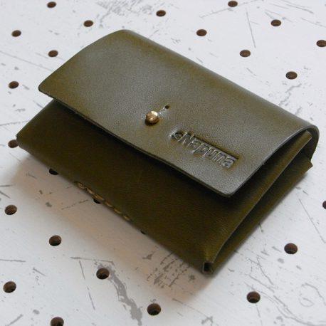 キャッシュレス財布(ギボシ留め)商品画像001:ギボシは真鍮製のものを採用しています