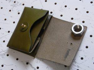 キャッシュレス財布(ギボシ留め)商品画像004:開けた時の画像です