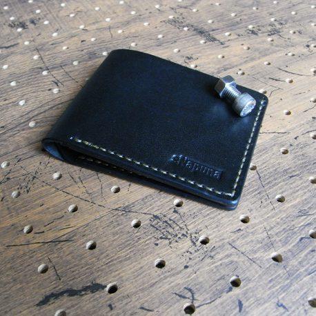 シンプルウォレット(札カード入れ)商品画像010:カード収納は名刺サイズのカードも収納できるように設計しています
