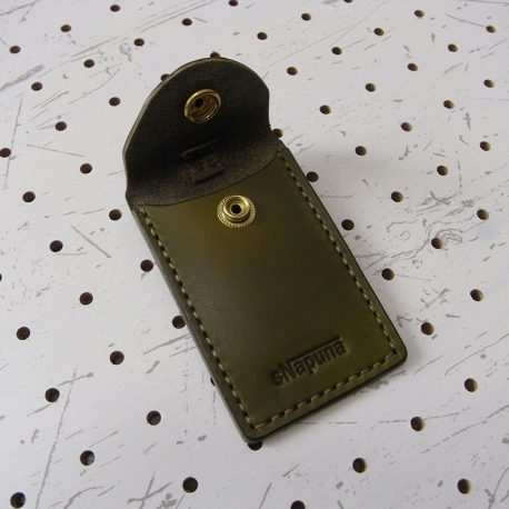 お守りケース003 商品画像003:ポケットは一つ、シンプルな作りです