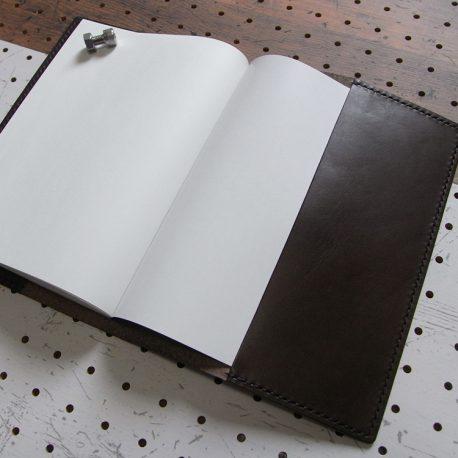 A5ノートカバー商品画像007:左右対称の作りです